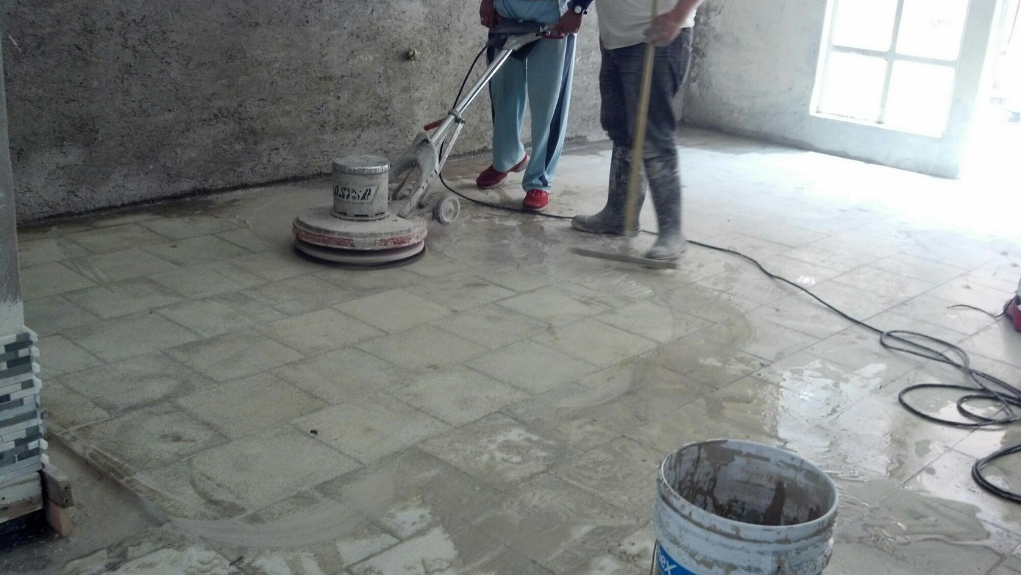 lavado y pulido de piso